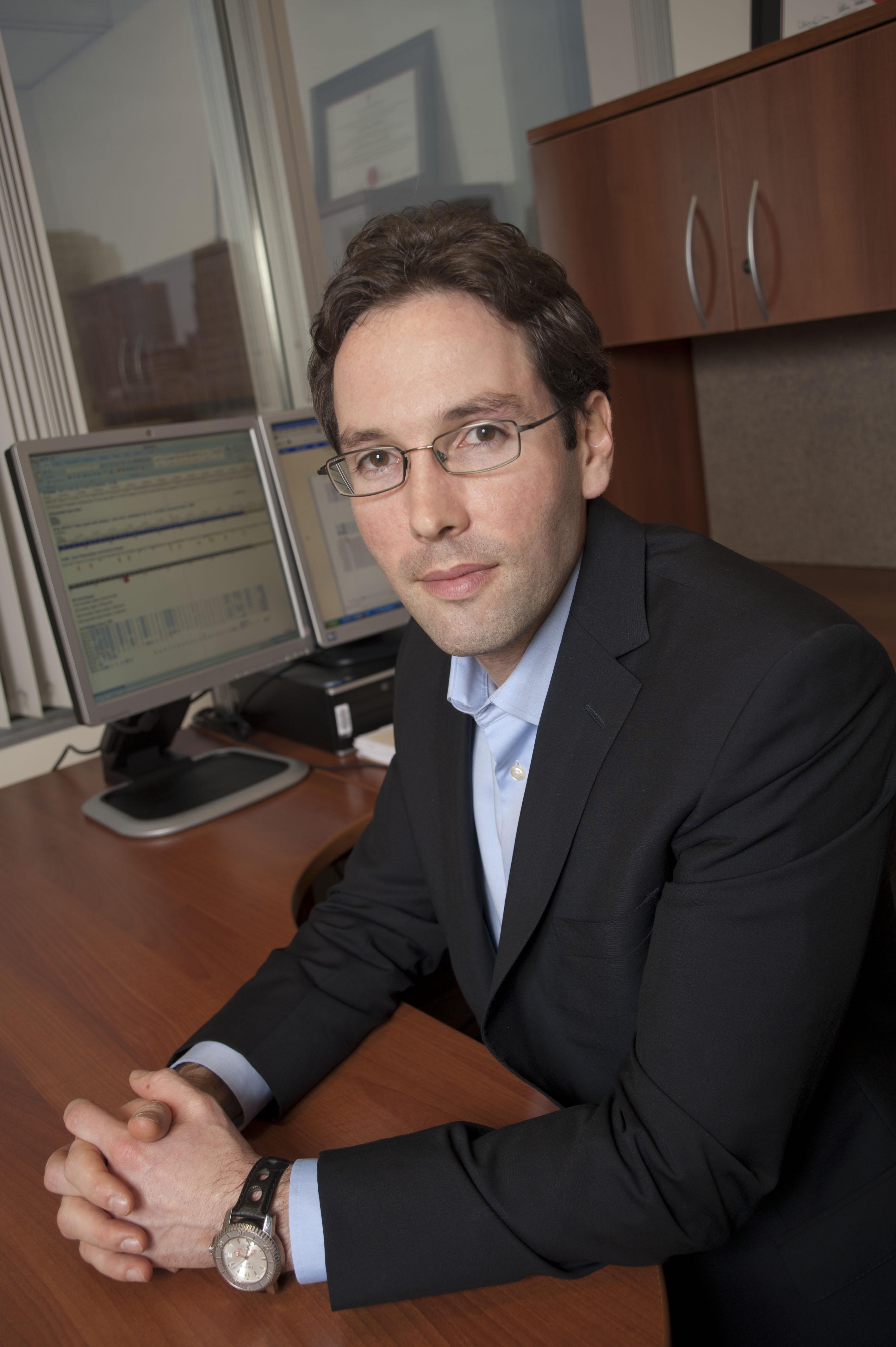 Headshot of Researcher Dr. Jordan Lerner Ellis