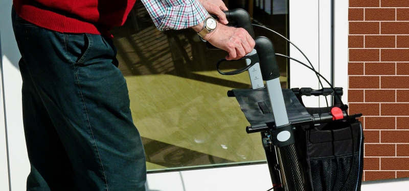 Occupational therapist gives advice on home safety for seniors