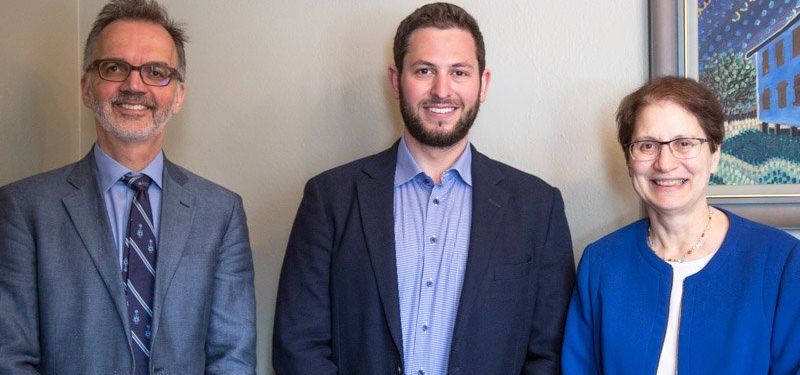 Project on using lab-grown tissue for joint replacement wins award at U of T student showcase