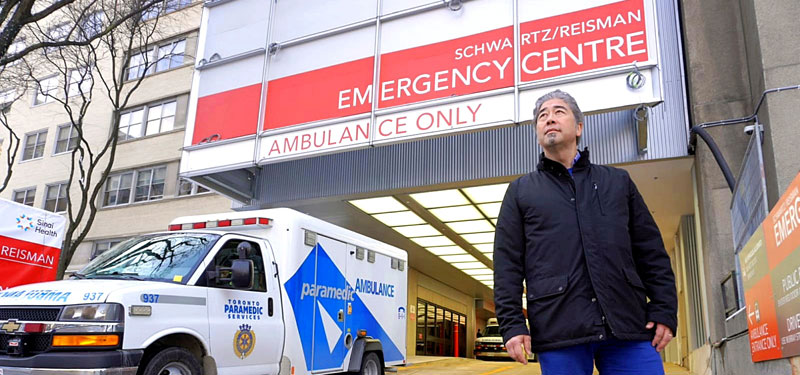 Image of Dr. Jacques Lee in front of Mount Sinai Emergency Department