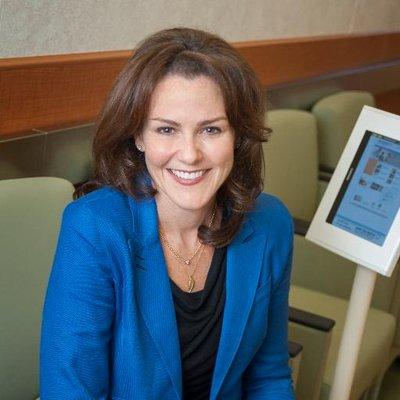 dr. ariel dalfen smiling