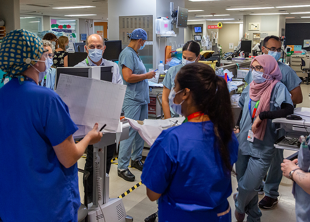 Mount Sinai Hospital's ICU team