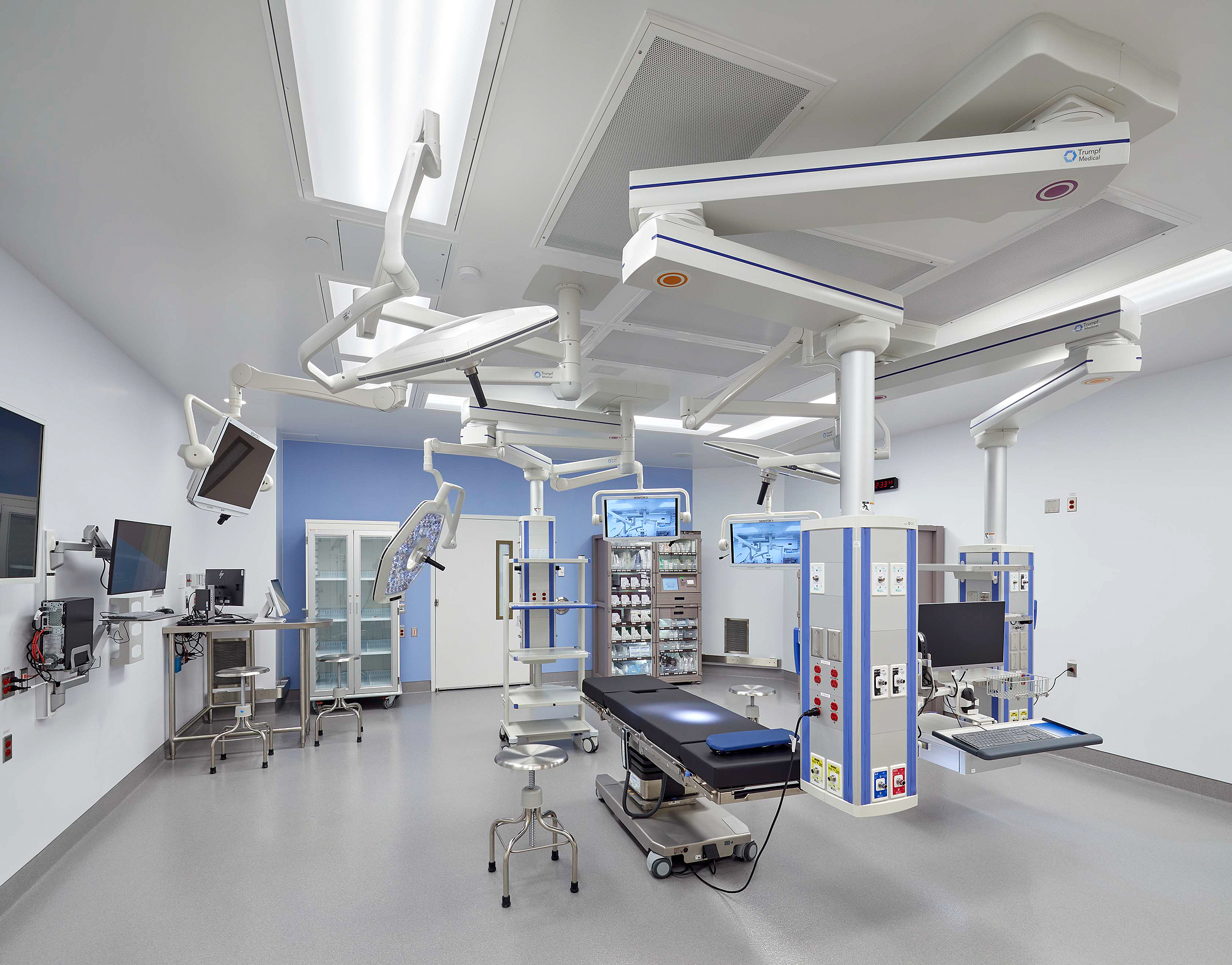 Photo of one of 19 new state-of-the-art operating rooms